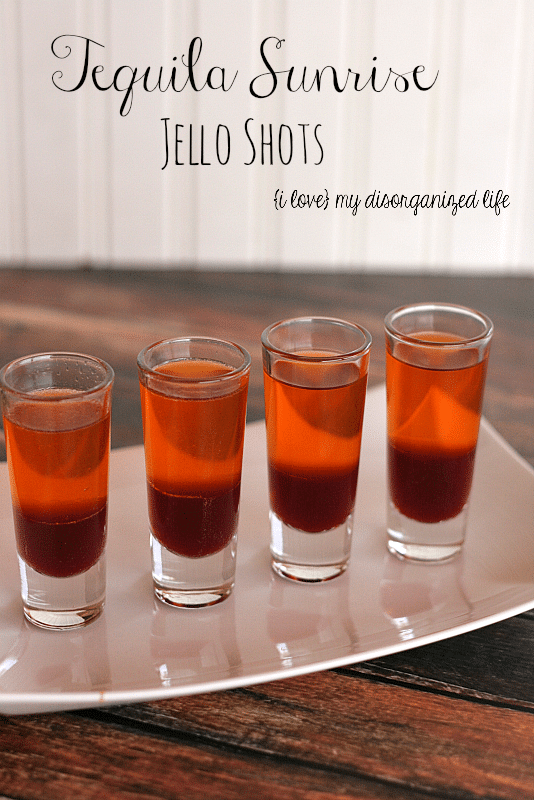Tequila Sunrise Jello Shots for Cinco de Mayo #tequila #cincodemayo #jelloshots