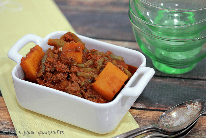 Perfect for cold weather, this hearty chili with squash & green beans is quick and easy to make!