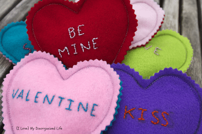 Embroidered Valentine Hearts/ {I Love} My Disorganized Life #valentines #embroidery #hearts