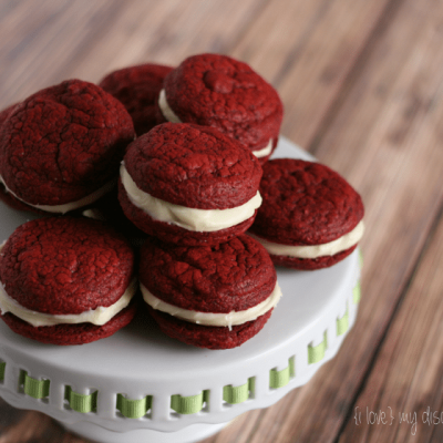 {Semi} Homemade Red Velvet Cake Sandwich Cookies - {i love} my disorganized life