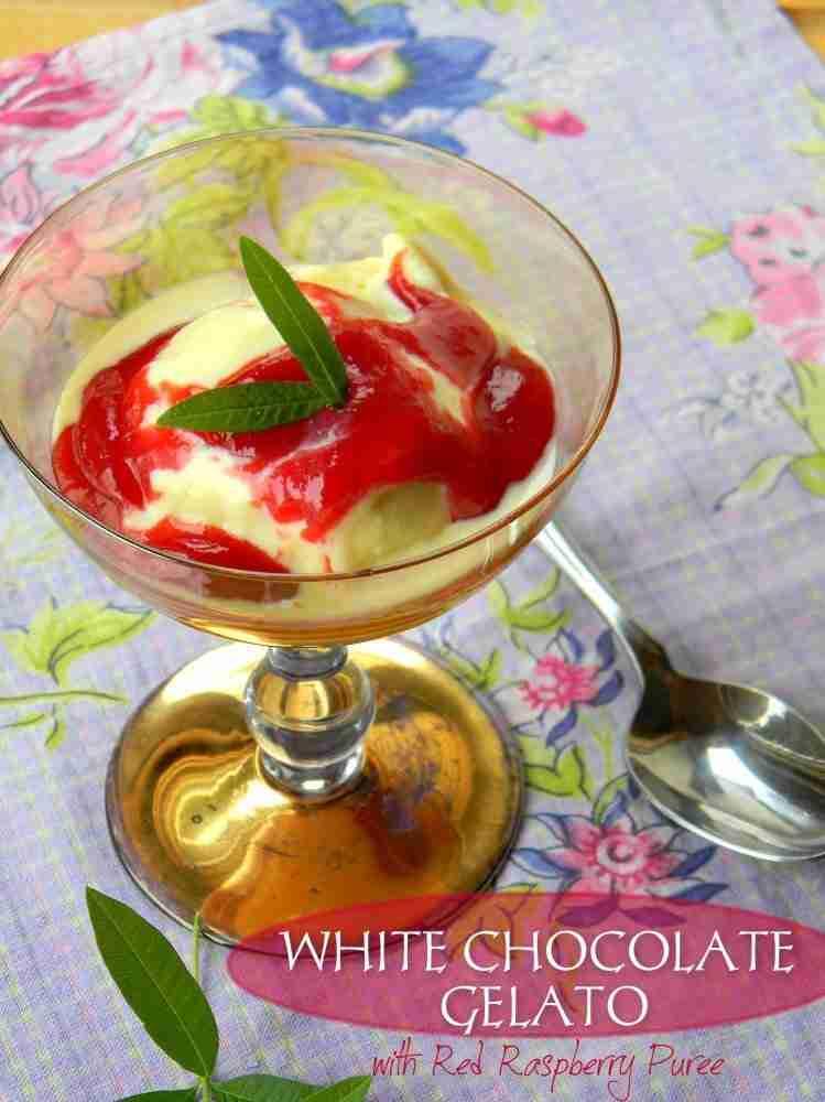 WHITE-CHOCOLAT-GELATO-WITH-RED-RASPBERRY-PUREE