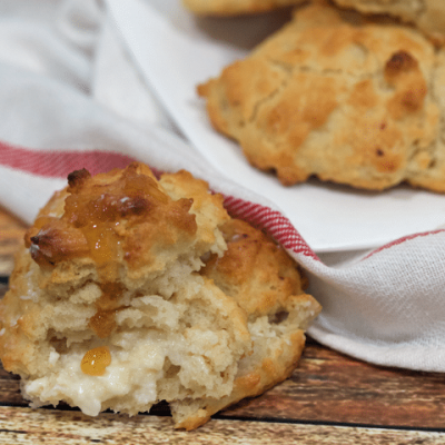 With just 5 ingredients, this homemade biscuit mix is perfect for whipping up shortcake, scones, pancakes and even breakfast bread!