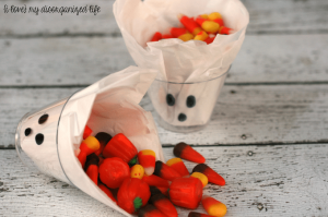 2 Minute Ghost Treat Cups